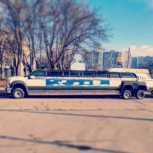 Планируете приехать большой компанией? У нас есть транспорт для коллективного трансфера до 25 человек !!!