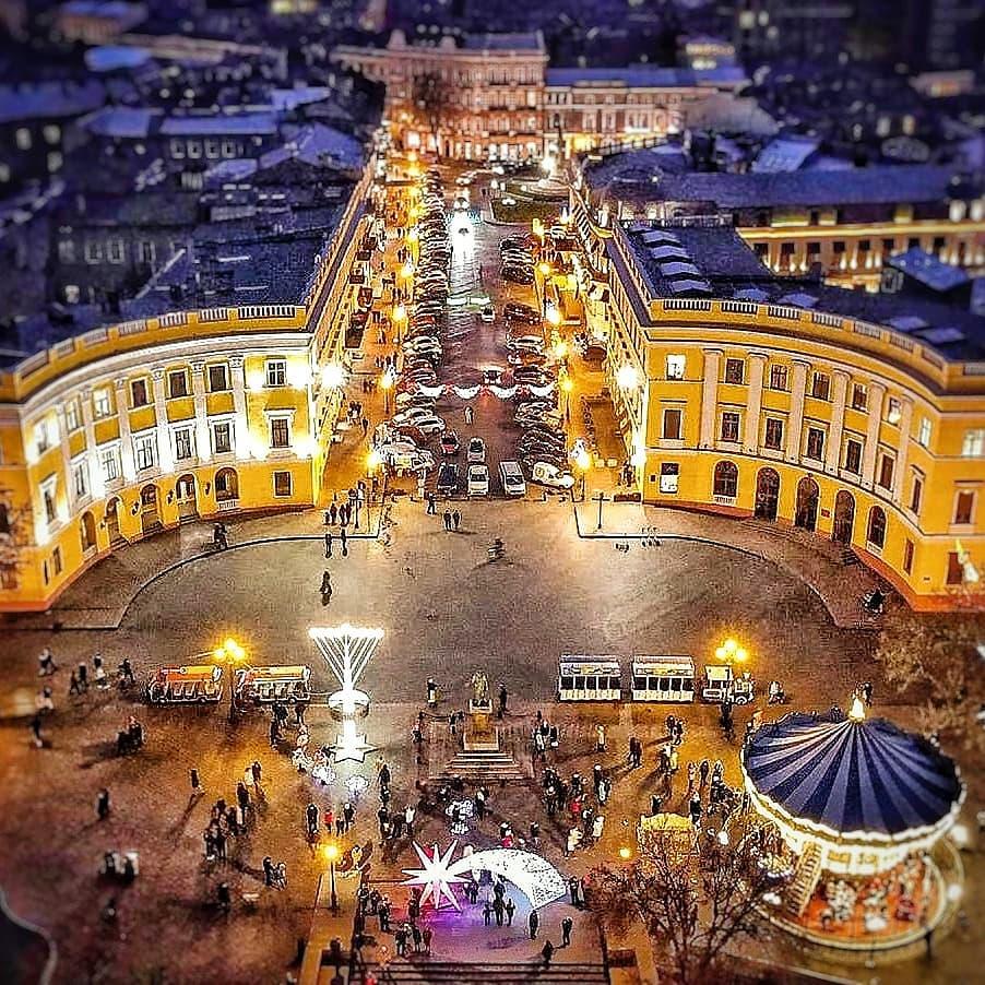 Новогодняя Вечерняя Одесса приглашает на прогулки по городу...